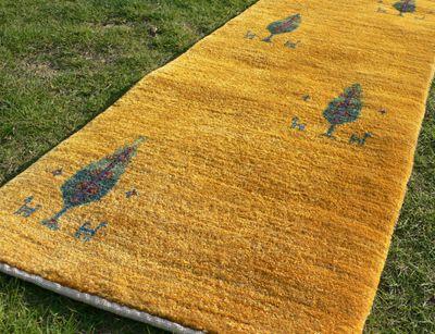 ゾランヴァリ手織り絨毯