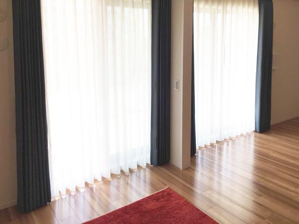川島織物セルコンの人気カーテンとギャッベ